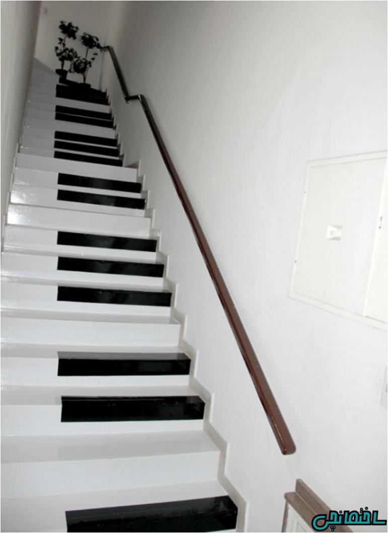 رنگ آمیزی پله ها با طرح پیانو
