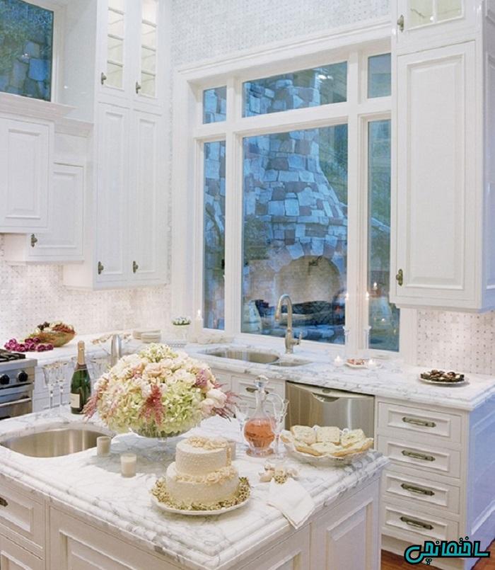 کانتر کوارتز در آشپزخانه با استایل خانه جنگلی