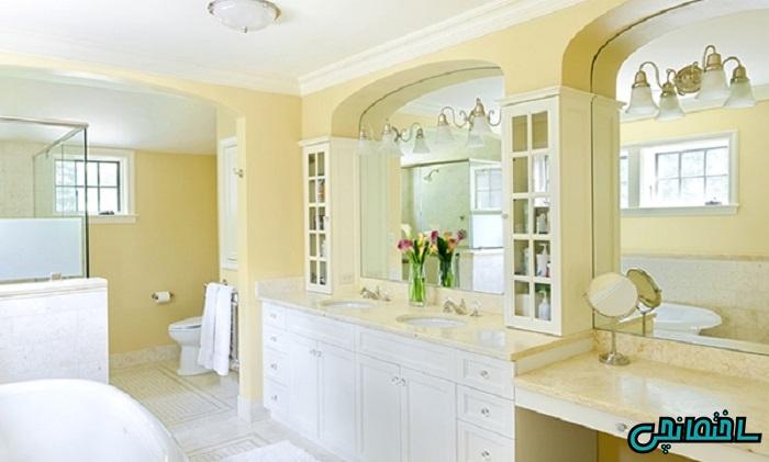 حمام به رنگ زرد کمرنگ