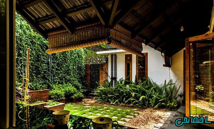 حیاط خانه