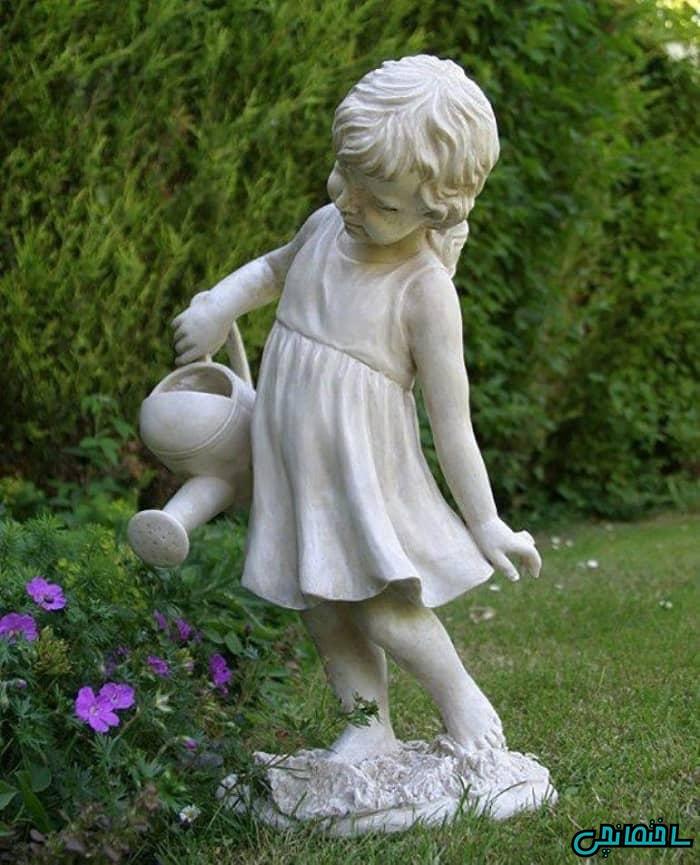 مجسمه سیمانی